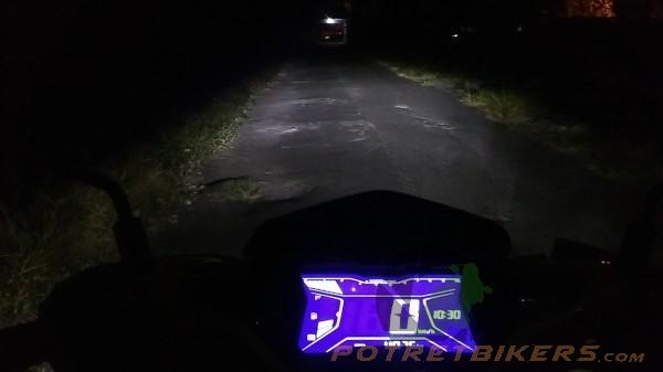 Yamaha AEROX 155 (2)