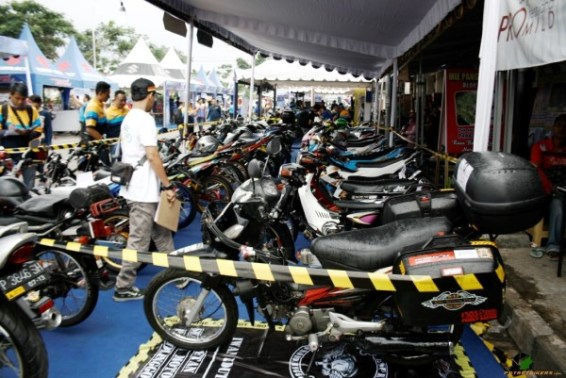 Suzuki Bike Meet Malang - 2017 (75)
