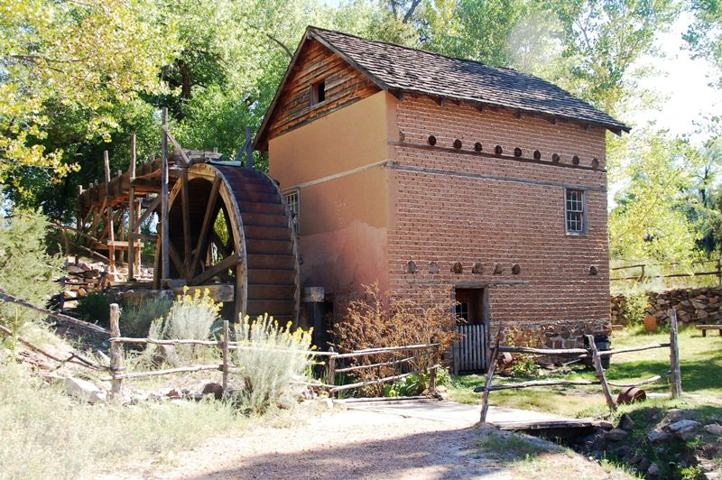 This is a working mill. (Not working the moments we were there.) My daughters were smitten with the frogs in the mill pond. I was smitten with the building.