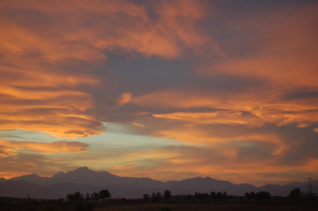 Sunset.Mountains