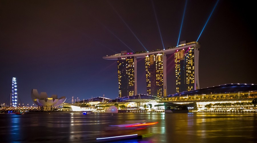 8 Days in Singapore