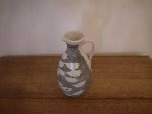 Oil jug 001 5