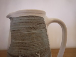 Oil jug 003 8