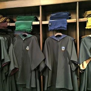Hábity a uniformy podle knih, část druhá