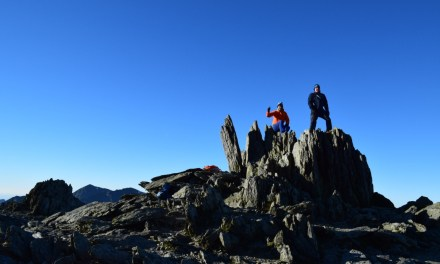 Hiking Y Garn and Glyder Fawr in Snowdonia National Park