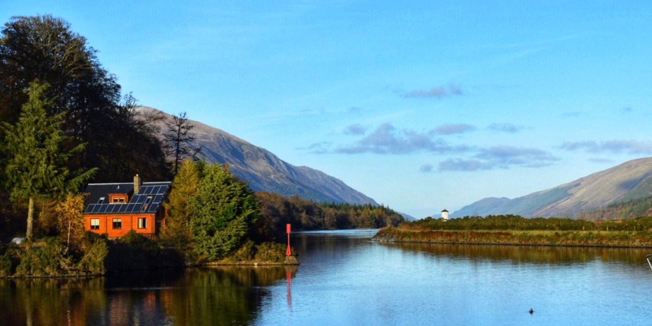 Gairlochy Bay – Awesome Log Cabin in an Adventure Dreamland