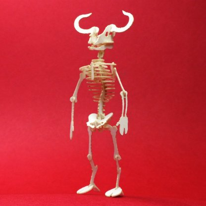 Assembled Minotaur miniature skeleton model by Tinysaur.us