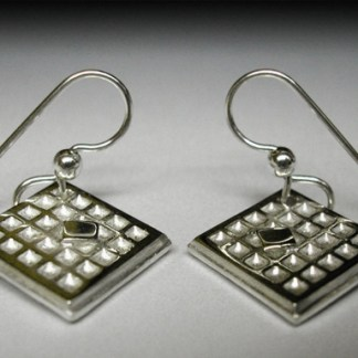 Waffle earrings w/butter