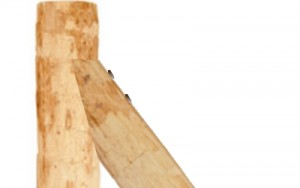 jambe de force de cloture en bois des poules