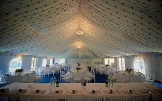 reception-marquee-interior-poundon-house