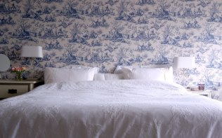 Toile-Room-Poundon-House-Bedroom