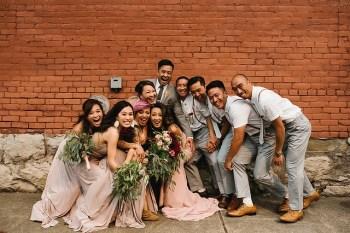entrée des mariés en groupe
