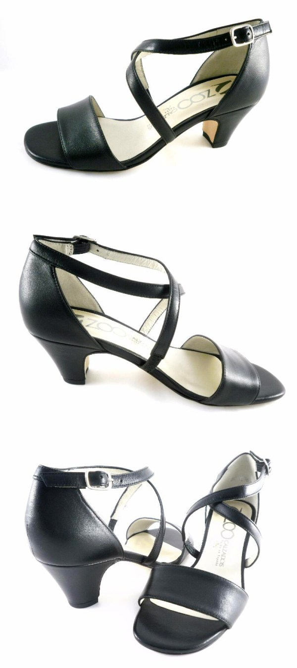 Sandales trotteuses en cuir (taille 33)