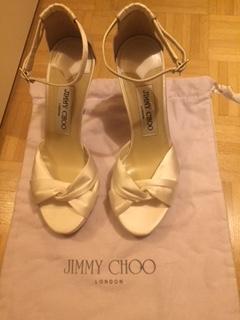 Jimmy Choo en satin blanche 34.5