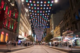 little_expeditions_melbourne_city_christmas_lights_bourke_street_mall