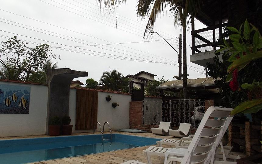 Vista da Piscina na Pousada Oca poranga Guarujá