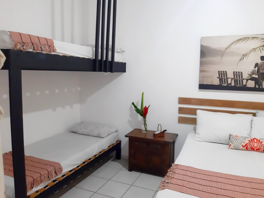 Suite Quadruplo na Oca Poranga Guaruja