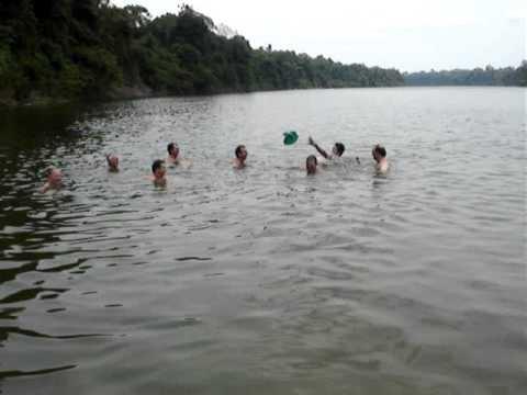 Nadando No Rio Roosevelt