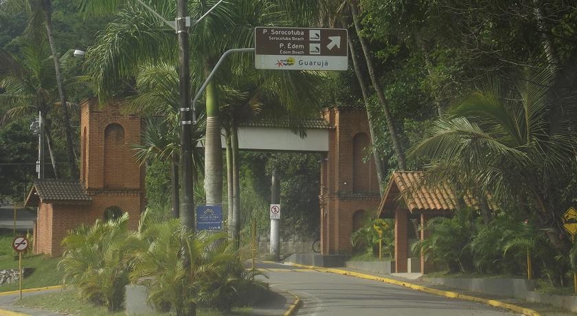 Entrada condominio Sorocotuba - Praia do Eden e Praia do Sorocotuba Guaruja