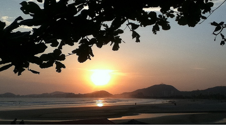 Por do sol Praia da Enseada no Guaruja