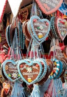 Inimi de turta dulce - o buna idee pentru souveniruri. Foto: povesti sasesti