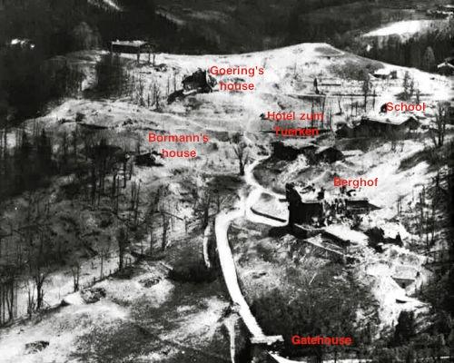 Područje Berghofa nakon bombardiranja u travnju 1945. godine