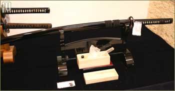 Kruno Kovačić iz ReplikArta je istaknuo da se Europljani izuzetno zanimaju za istočnjačke katane, dok sa istoka nema interesa za europske mačeve