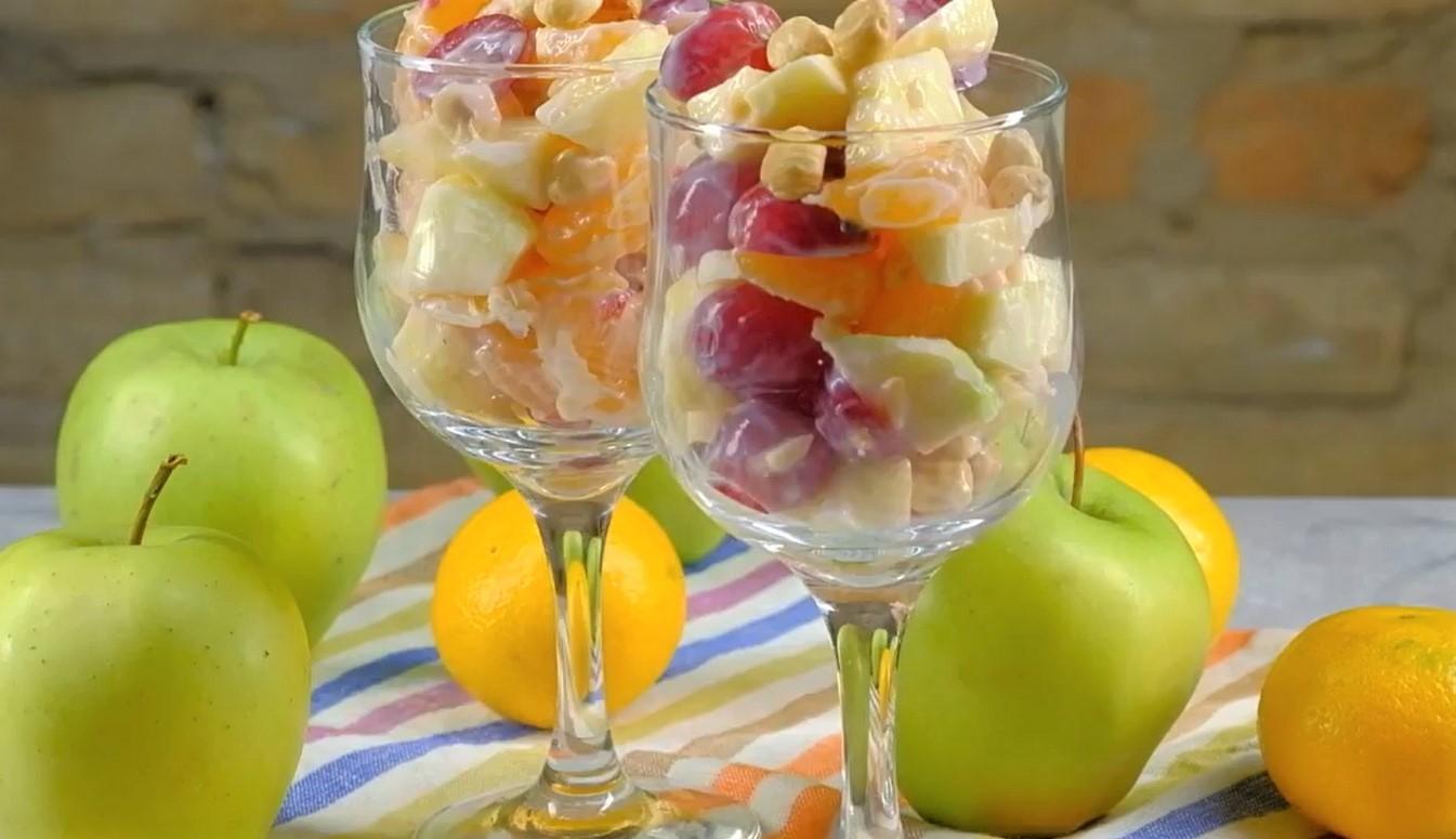 Фруктовый салат с фундуком и йогуртом (3072)   Povkusu.com