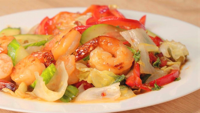Теплый салат с креветками (3115) | Povkusu.com