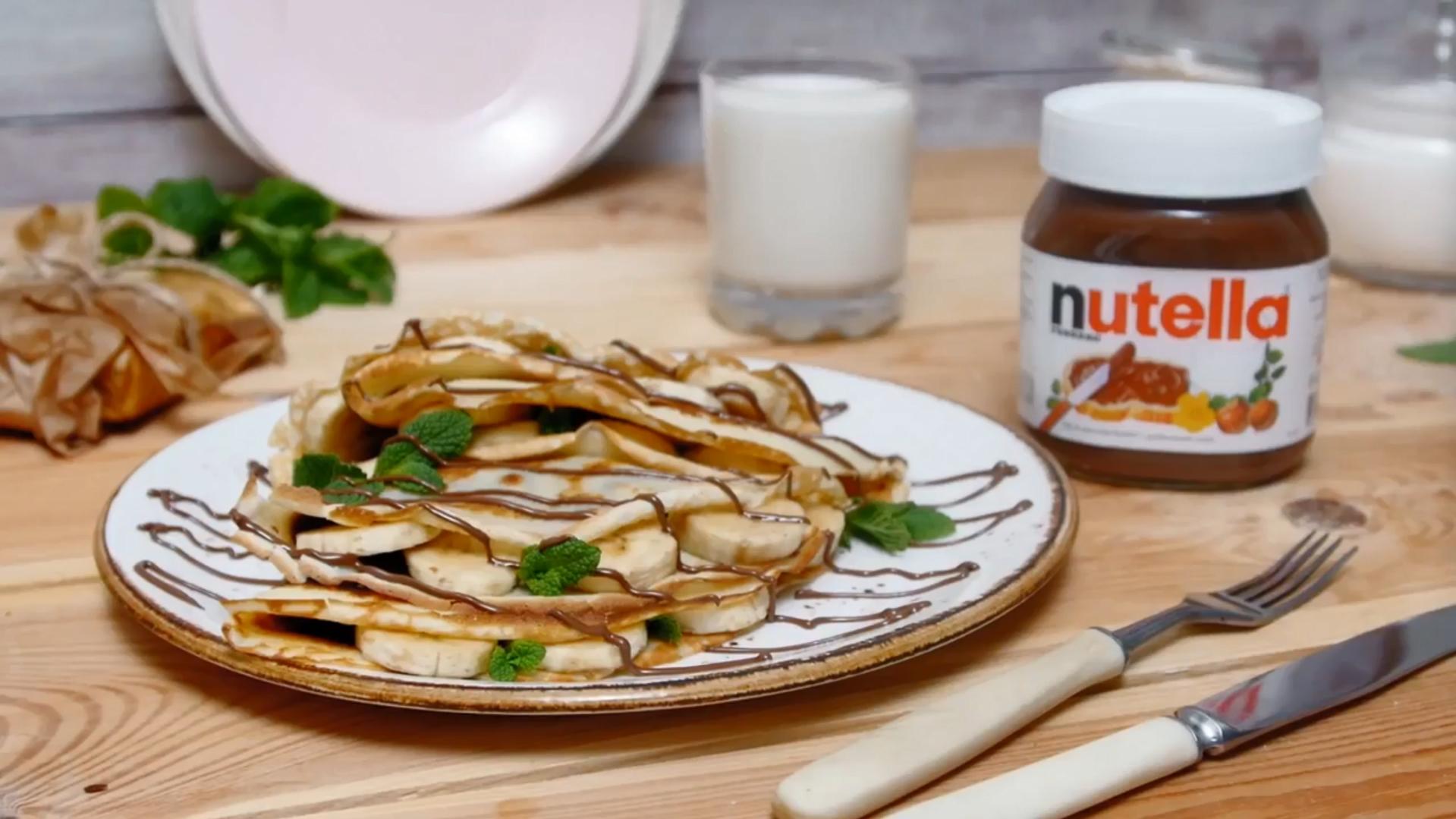 Блинные конвертики с ореховой пастой и бананами (5003) | Povkusu.com
