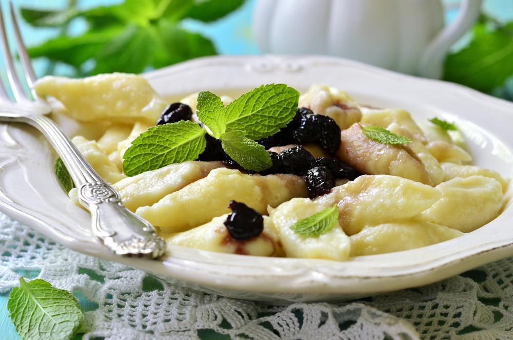 Ленивые вареники с ягодами и творогом (6575) | Povkusu.com