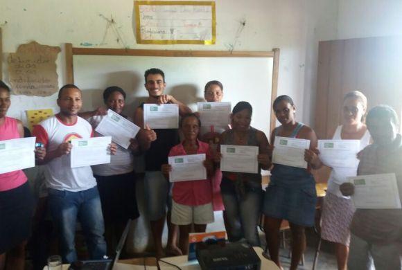 Agricultores de Dois Riachões recebem certificação orgânica