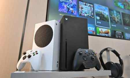 Microsofts-Xbox-Series-X-And-Sonys-Playstation-5-Hit-Stores-This-Week