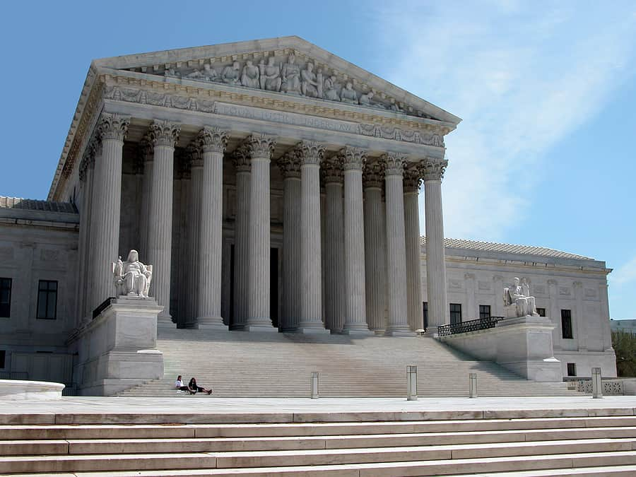 Supreme Court Says Muslims Put On No-Fly List Can Sue FBI