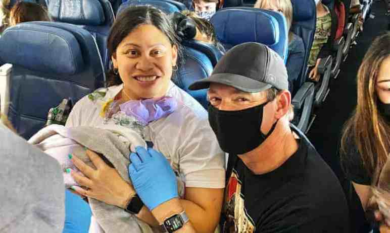 Lucky Mom Gets A Doctor And Nurse On Board During Her Labor