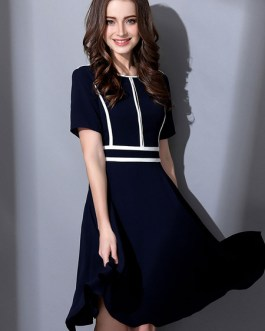 Round Neck Short Sleeve Striped Pleated Flare Dress