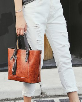 Women Faux Leather Solid Tassel Handbag Vintage Leisure Crossbody Bag