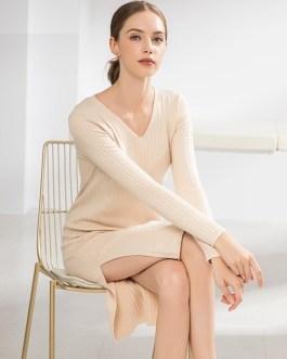 Elegant V-Neck Slit Casual Straight Bottoming Knitted Dress