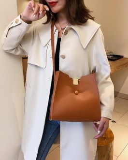 Simple Clutch for Hiking and Travel PU Leather Crossbody Handbag