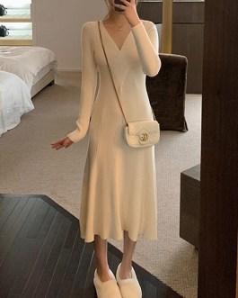 Thick Knit V-Neck A-line Midi Sweater Dress
