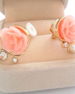 18K Gold Plated Stud Earrings Rose Shaped Artificial Pearl and Diamond