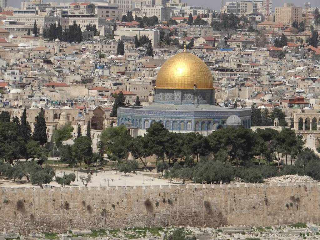 2014 – Traveling to Israel