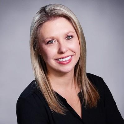 Liz McGlennan's Profile Picture