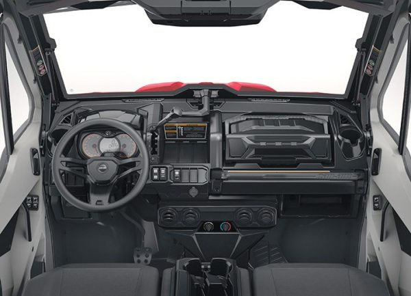 The Defender XT Cab features a full cab enclosure with a tilt up windshield and wiper kit, doors with electric opening windows, a sliding rear window and a heater kit.