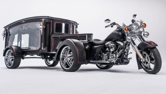 Simpson Family Funeral Homes new 2016 Tombstone Hearse (PRNewsFoto/Simpson Family Funeral Home)