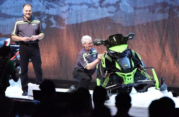 Roger Skime adds his signature to the limited edition 2017 ZR 6000 RS snowmobile that was revealed during the Arctic Cat dealer meeting in Las Vegas.