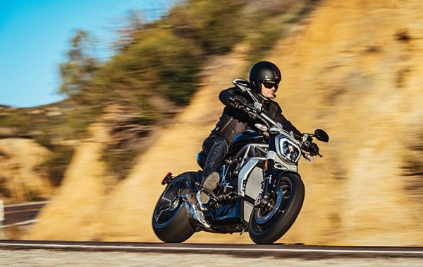 Ducati dealers, whose lineup included the XDiavel S, topped the Pied Piper PSI rankings for the third year in a row.