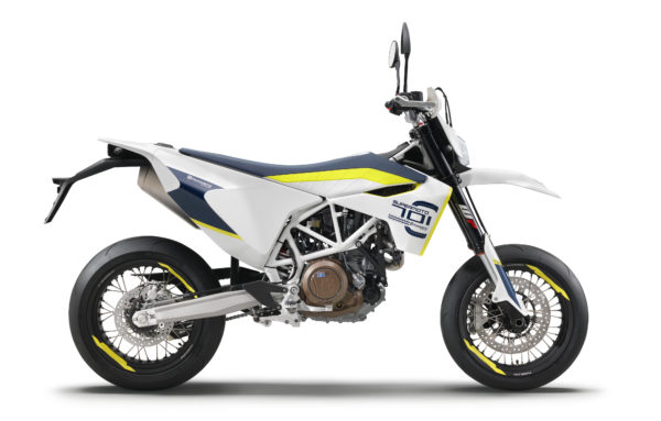 husqvarna-my17-701-supermoto-90-degree