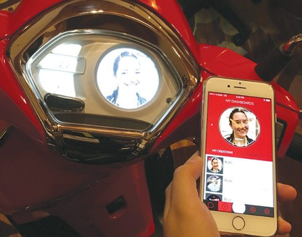 KYMCO's Noodoe in-dash featured app can use any image as the background. Assistant editor Kate Swanson had her own customized dashboard made during a walk-through of the product.