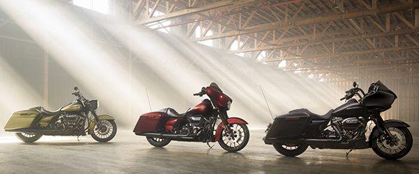 2018 Harley-Davidson Street Glide Road Glide